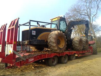 jpm 33 tonne low loader ecolog 590C jpg