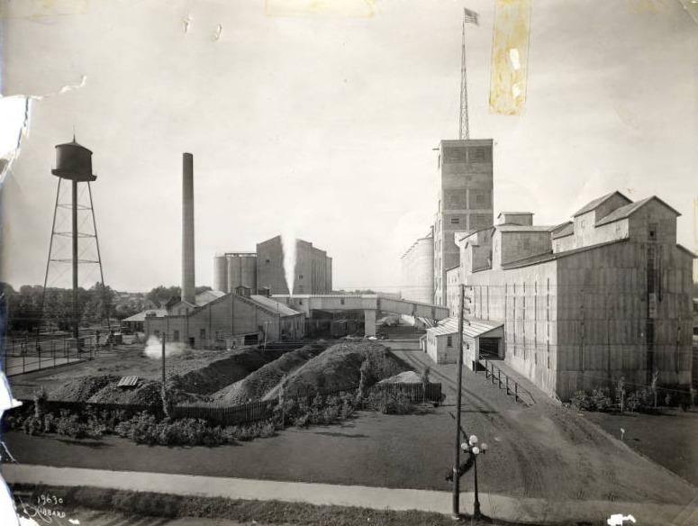 Robin Hood Flour Mill 1930?