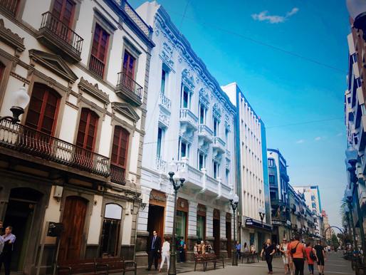 Cajamar abre su impresionante sede en Triana y traslada dos oficinas