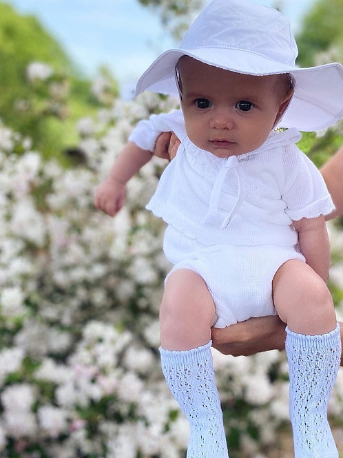 Scalloped Hem White knit