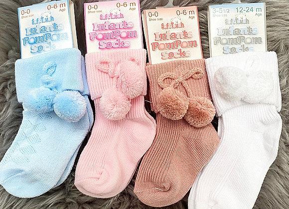Ankle Pom Pom Socks