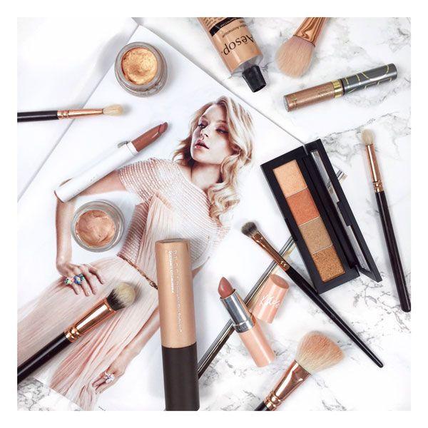 Makeup Artist_Beauty Blogger_Ash Quinn