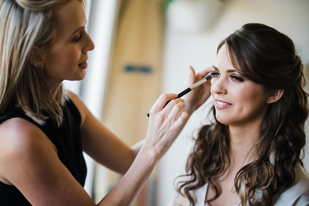 bridal makeup artist wollogong