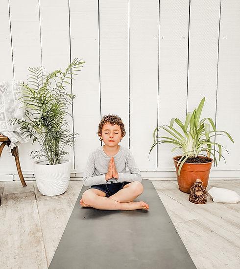 Yoga-Niños-Meditacion-Medicina_Alternat