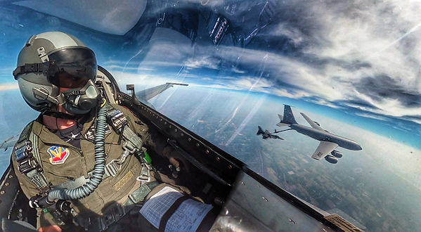F-16 aerial refueling with KC-135