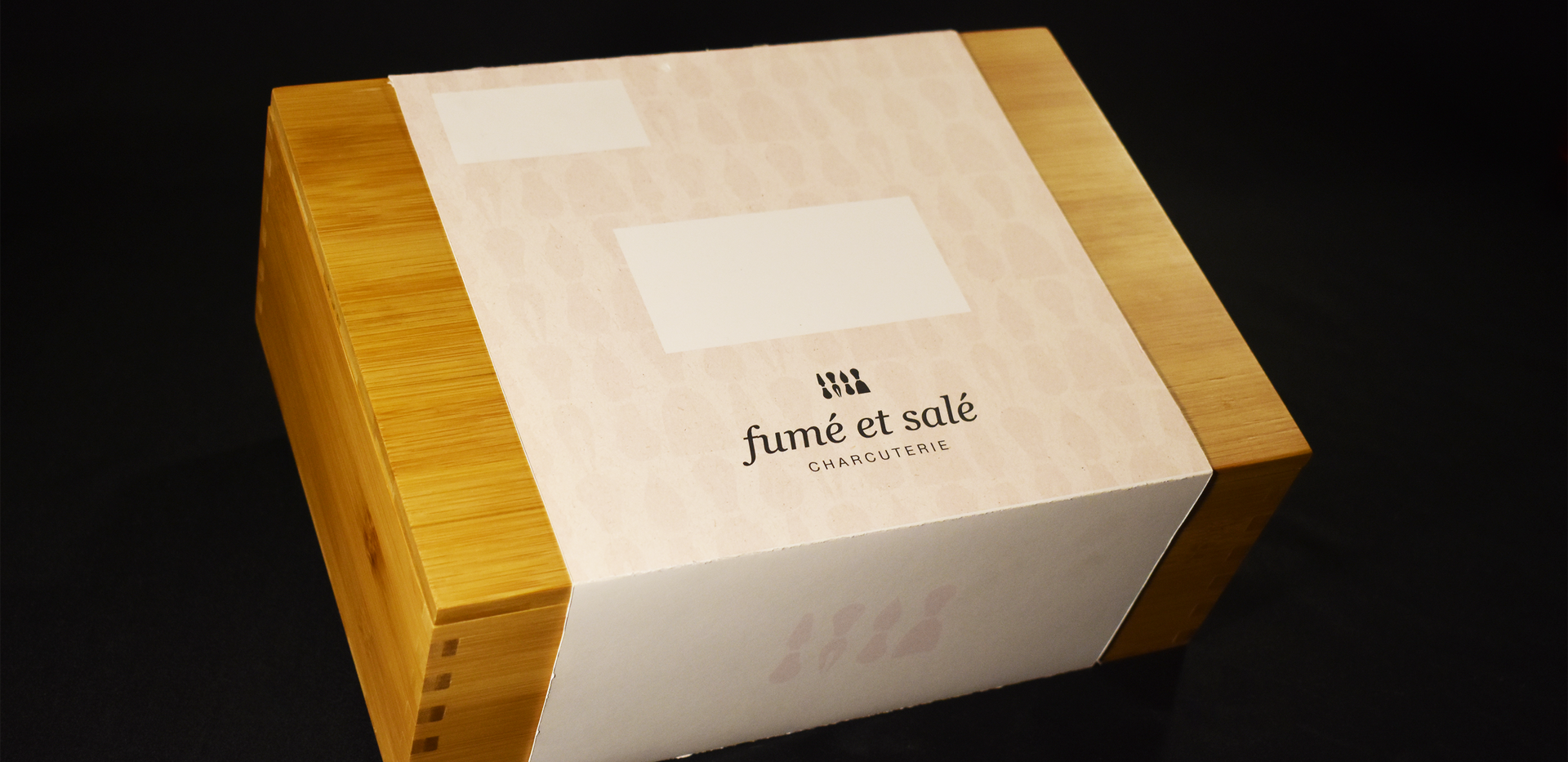 Fumé et Salé | Box and Slide