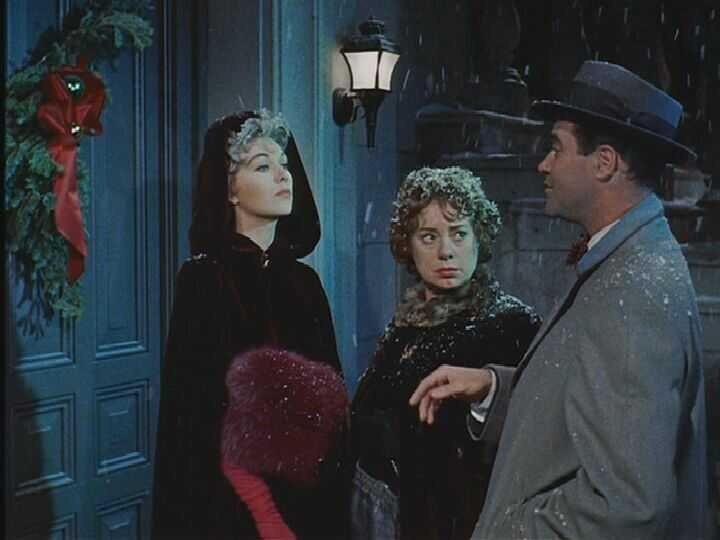 Merry Christmas from the Holyrod coven: Novak, Elsa Lanchester, and Jack Lemmon