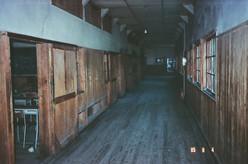 社会科教室前
