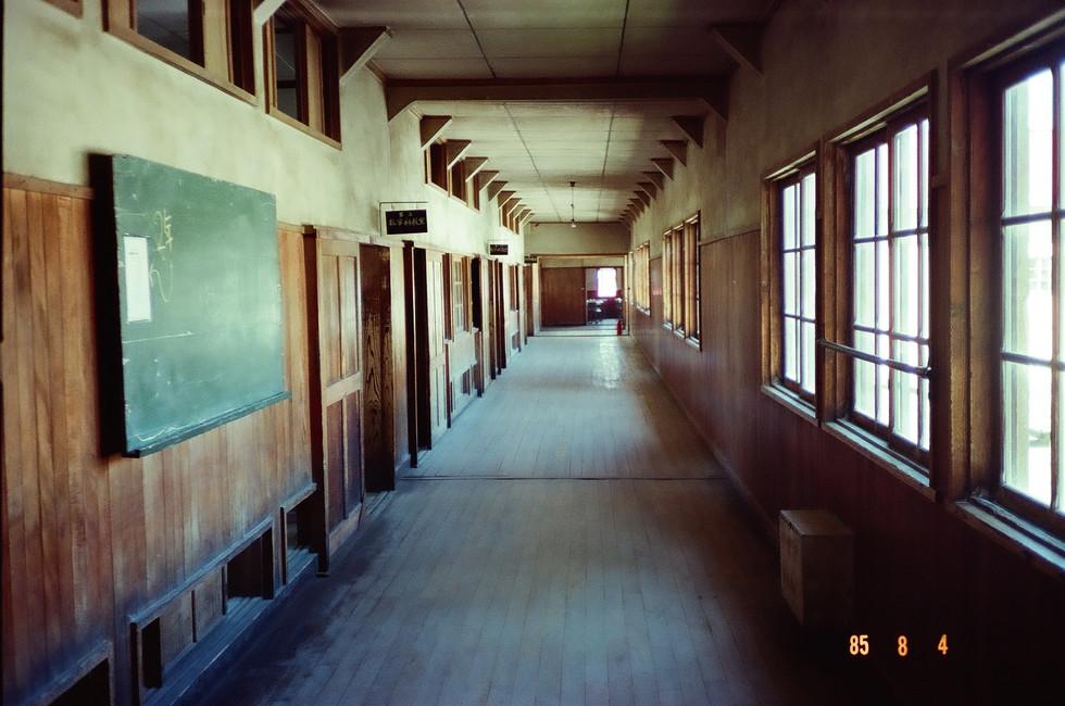 数学教室前の廊下