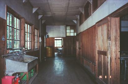 5部HR教室前の廊下