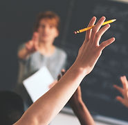 Komplex iskolai otatási program