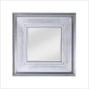 Square mirror in silver finish