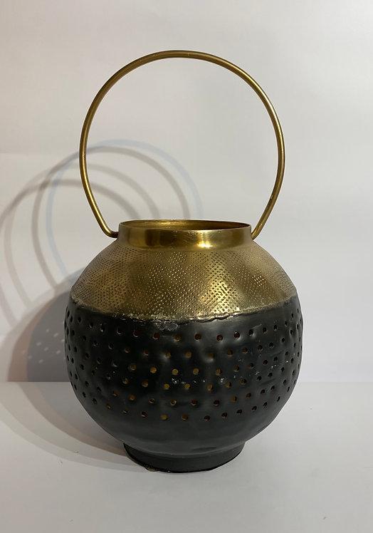 Black & Gold Lantern