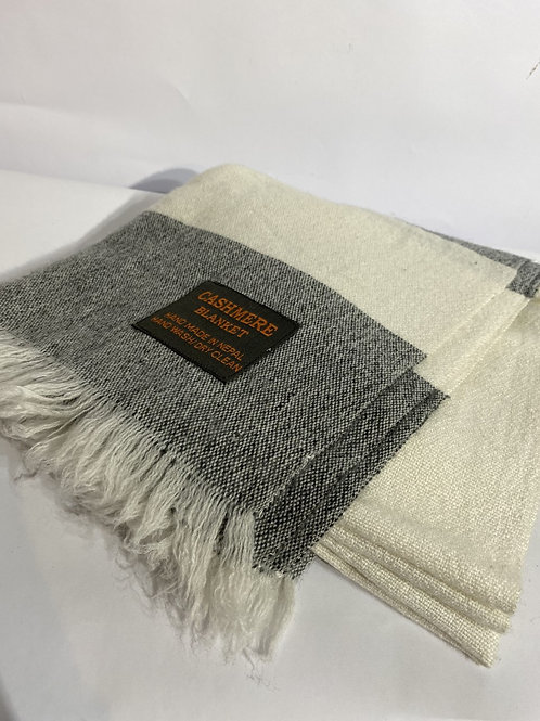 Cashmere Throw in Grey & White