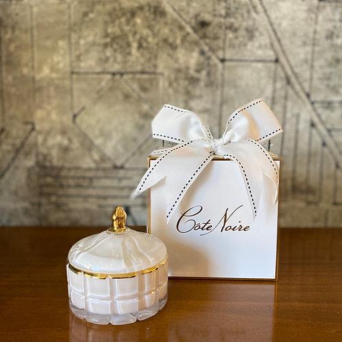 COTE NOIRE - SMALL WHITE ART DECO CANDLE - WHITE BOX