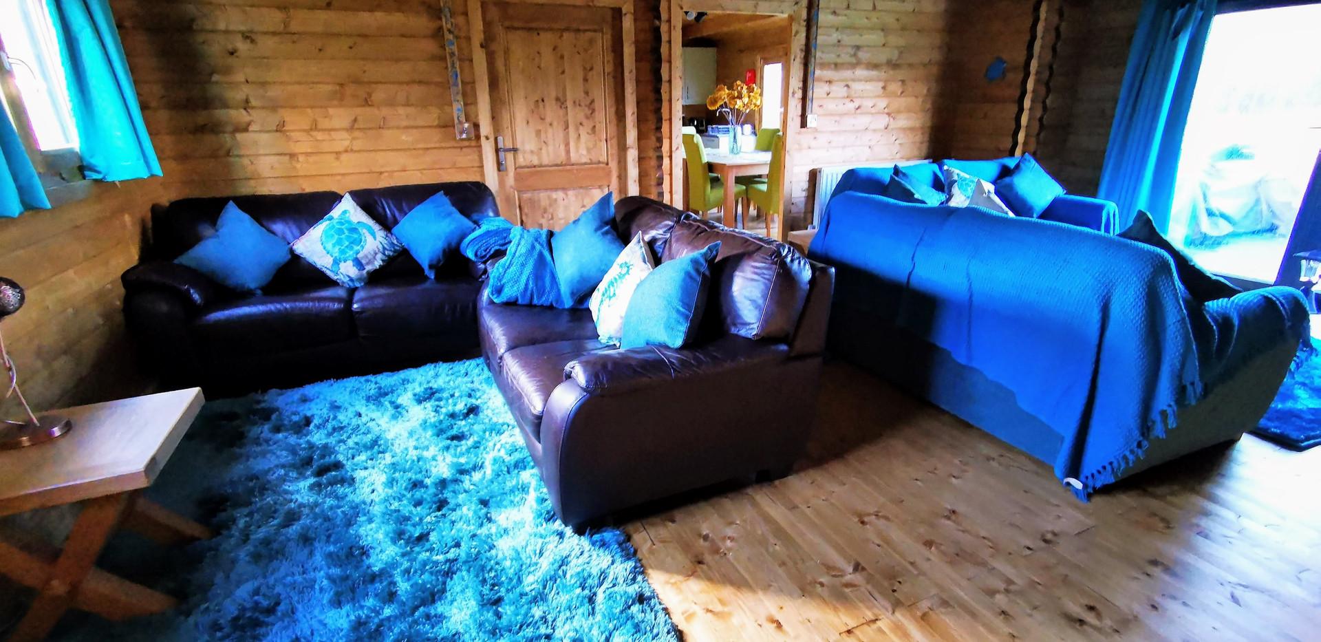 Living room area Mam