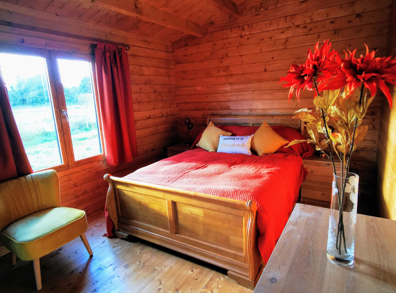 Master bedroom in Mam@Cwtch
