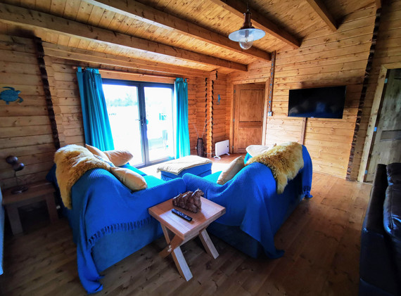 Living area Mam@Cwtch 3