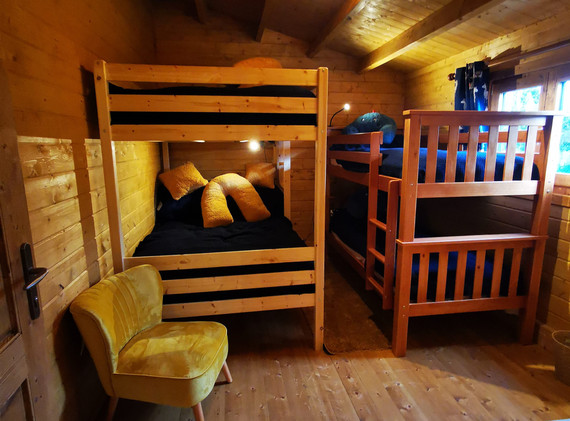 Bunk beds in Mam_Cwtch