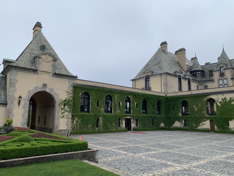 Back yard of Oheka Castle