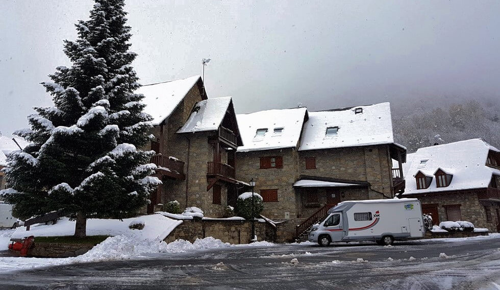 winter and snow in motorhome