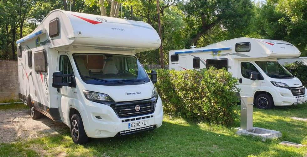 autocaravana en camping