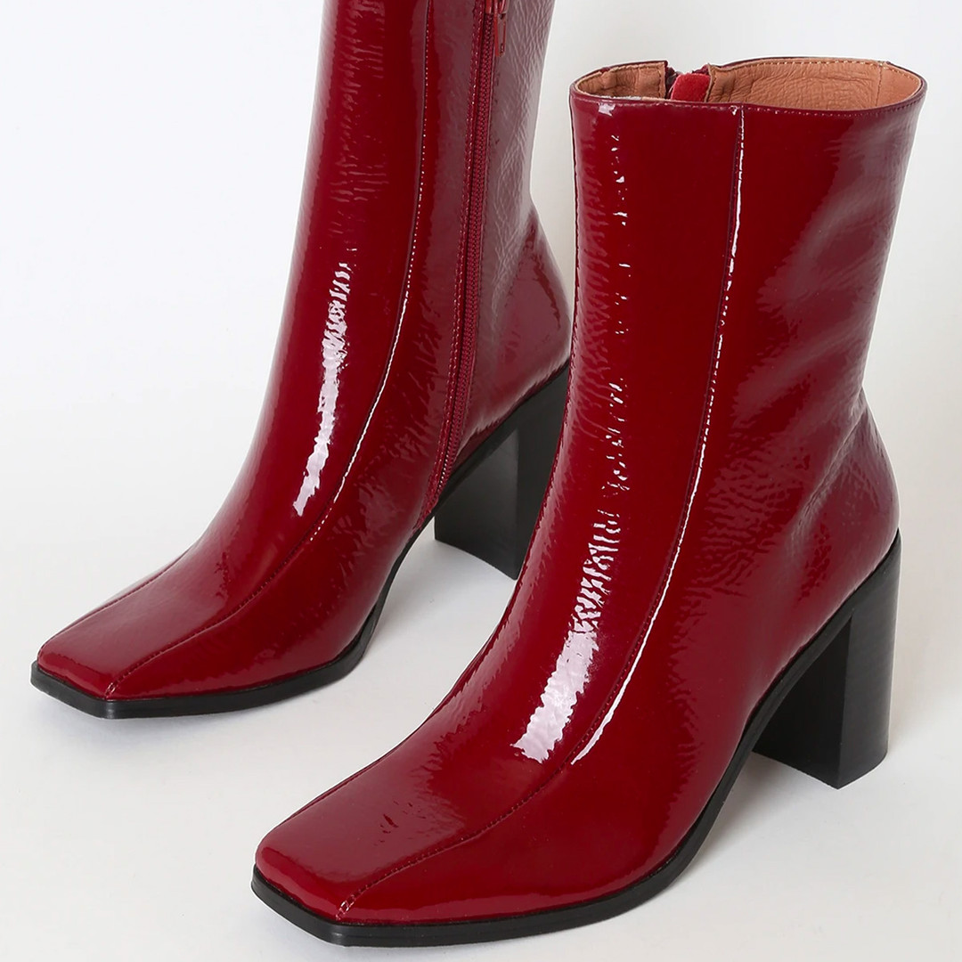 red boots.jpg
