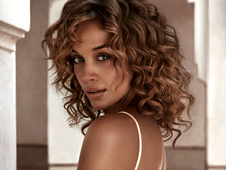 Uncomplicate your Curls with Moroccanoil
