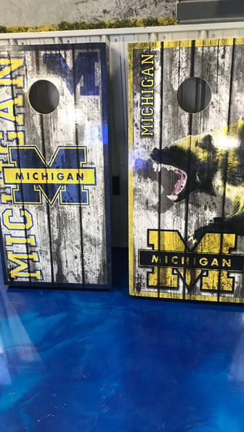 U of M Cornhole