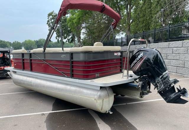 2018 Crest II 210 L used pontoon Knotty Oar Marina 2.jpg