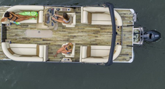 2020 Crest Classic DLX 240 SLRC Knotty Oar Marina