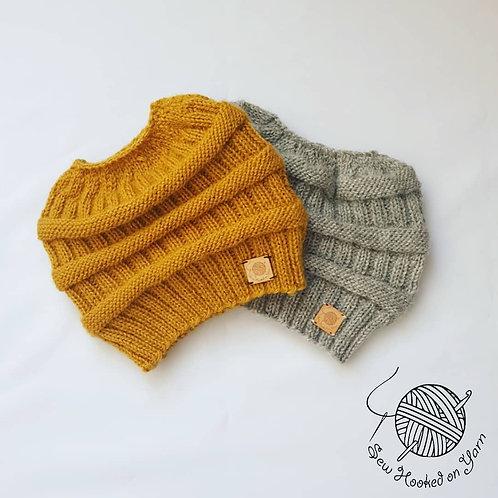 Wool - Messy bun beanie