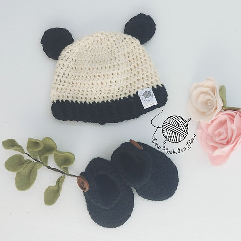 Bear beanie and booties set