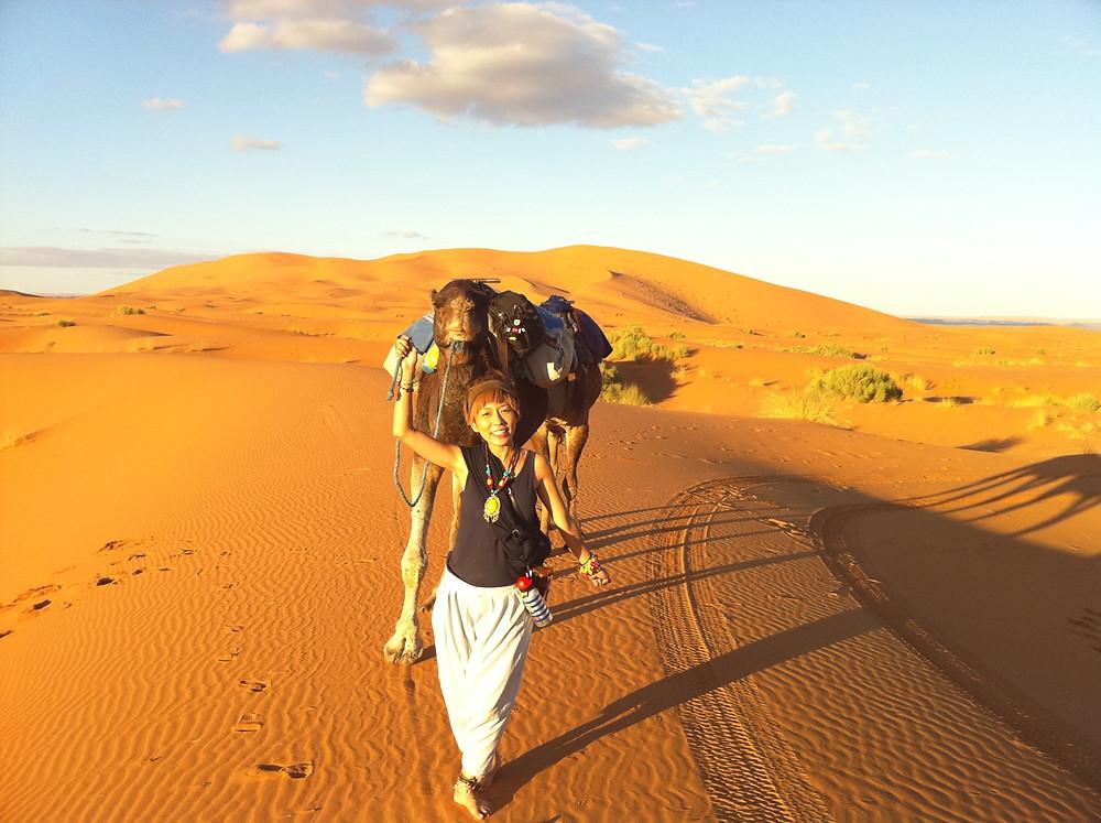 コジマサトコ in サハラ砂漠