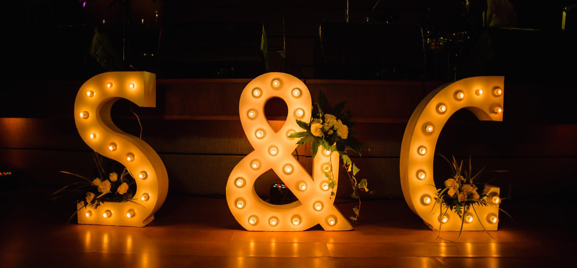 letras iluminadas santa marta.jpg