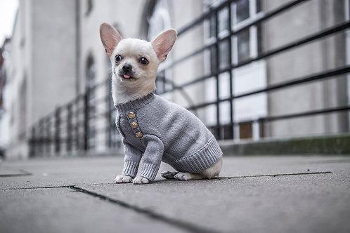 סוודר אפור עם כפתורים