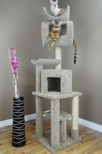 Cats Are Inn 6 Foot Tall Playstation Cat Tower