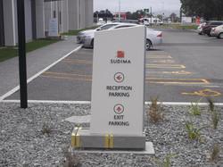 display plinth sign