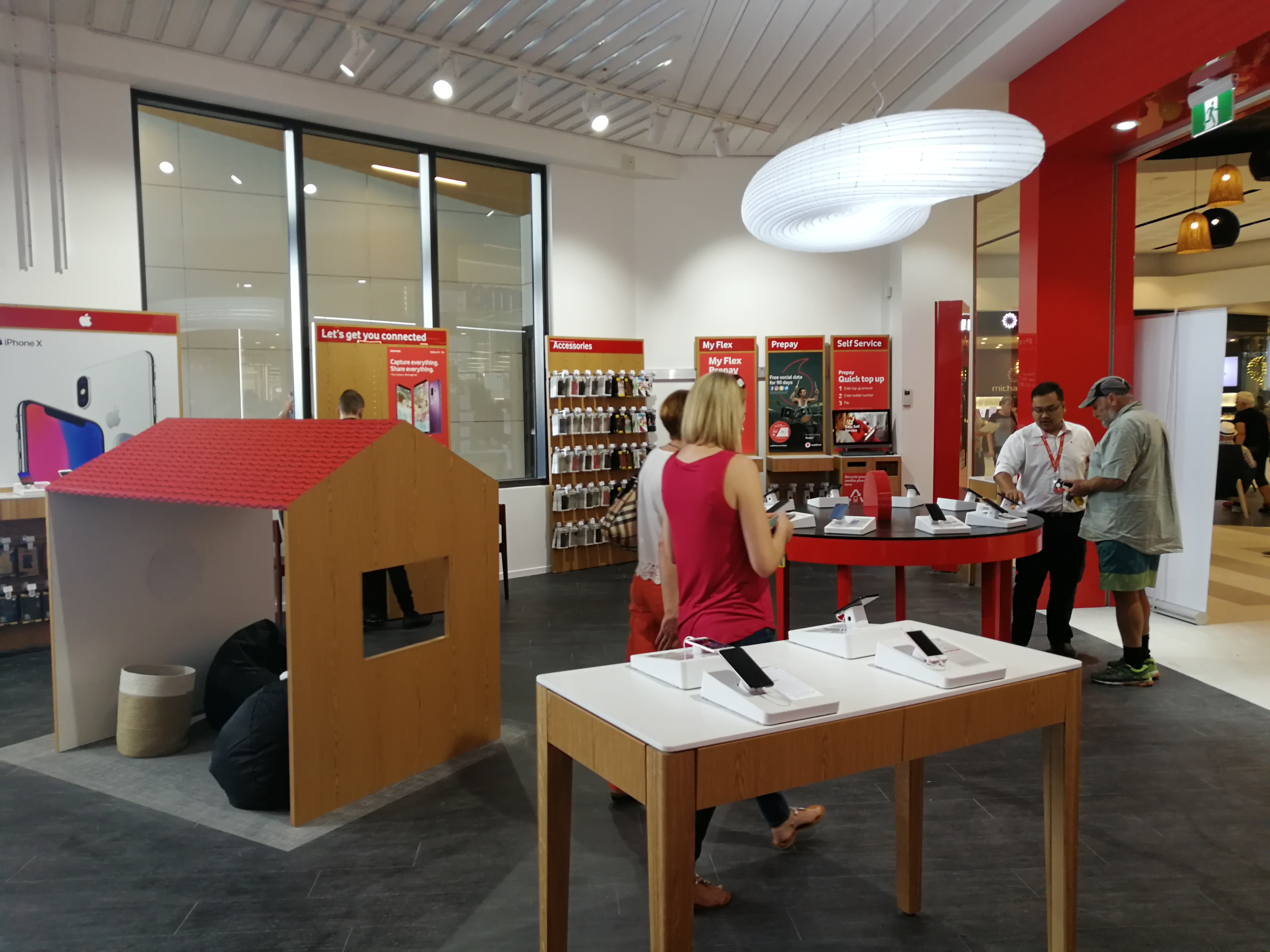 Onform Signs Vodafone Silverdale 2