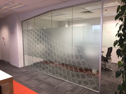 Onform Signs Qual IT Window frosting