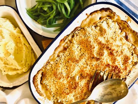 Creamy chicken & tarragon crumble