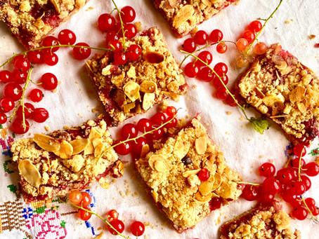 Redcurrant crumble squares