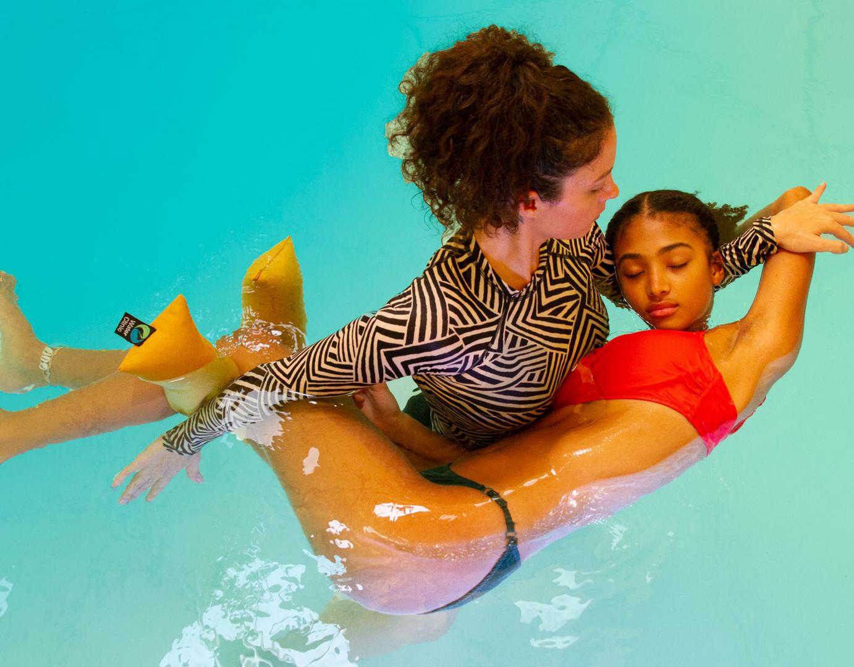 roni_leef_water_clinic_women.jpg