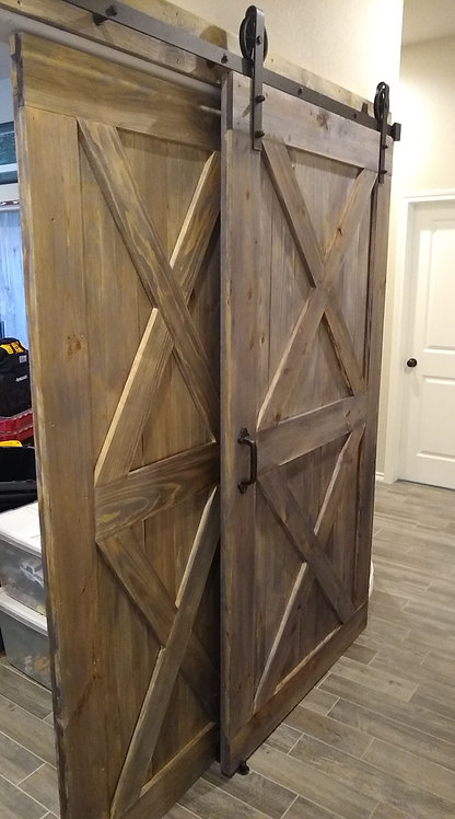 Traditional Model Barn Door