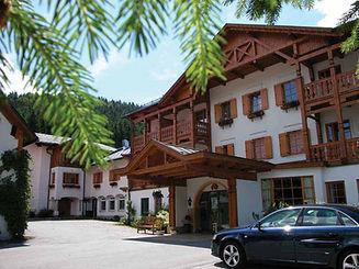 Sperlhof Hotel.jpg