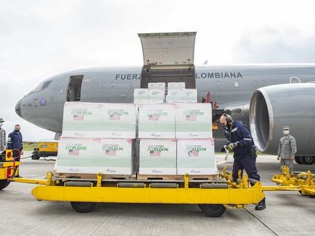 Boeing 767 de la Fuerza Aérea Colombiana transporta 2,5 millones de vacunas