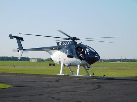 Estados Unidos dona doce helicópteros a El Salvador