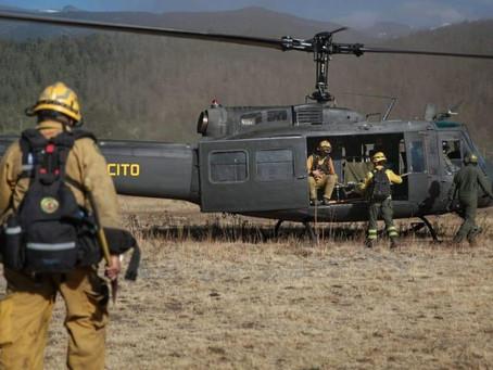 El Bolsón: se desplegó un helicóptero del Ejército Argentino para el combate contra el fuego