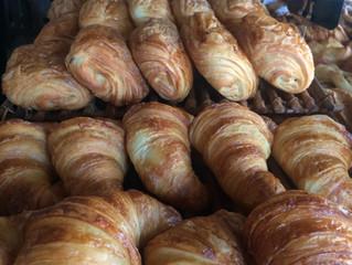 「バリ」で「パリ」を食す