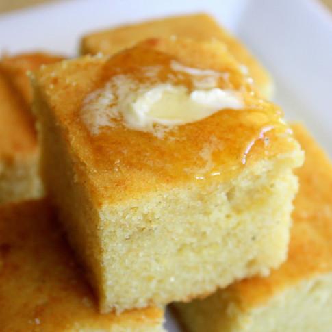 Shiree's Sweet White Corn Bread